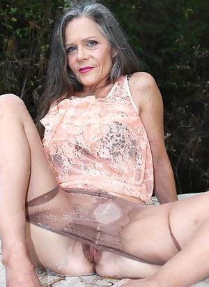 XXX Granny Pictures